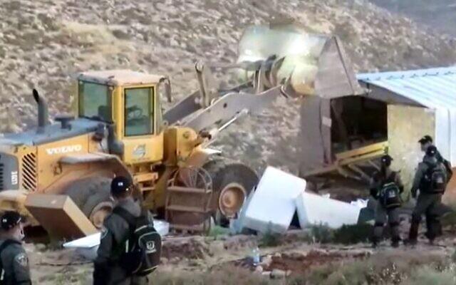 Derribo del asentamiento ilegal judío de Maoz Ester (2020)