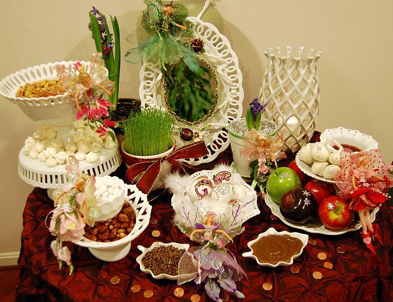 Mesa decorativa de Nowruz